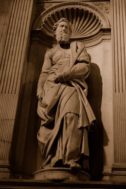 détail statues Michel Ange, autel Piccolomini