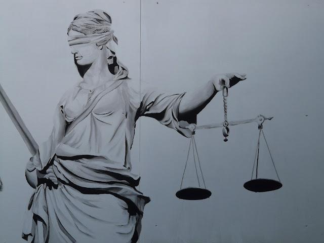 Η Ελληνική Δικαιοσύνη είναι τυφλή!
