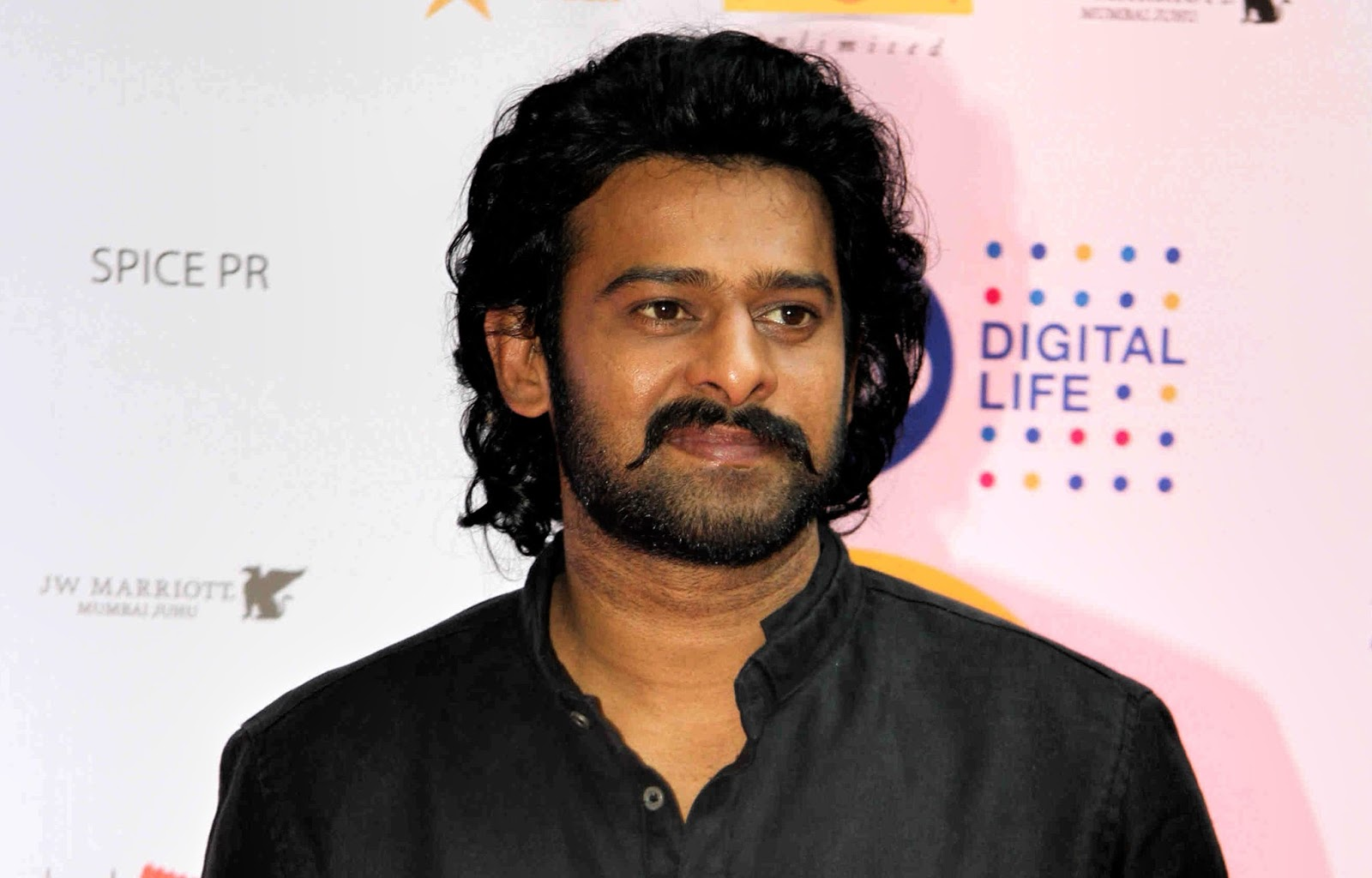 Best Actor Prabhas Hd Wallpaper: Prabhas Photos 2017 - Latest Full HD Wallpapers