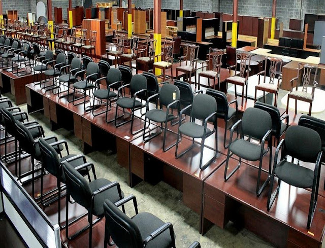 buying discount used office furniture Kent WA for sale