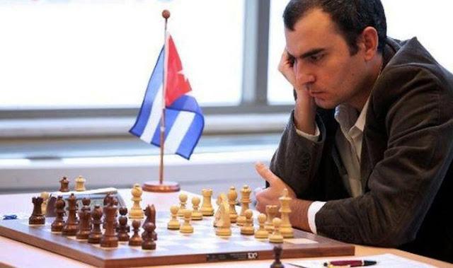 El mejor ajedrecista de Iberoamérica, Leinier Domínguez, solicitó permiso para no participar en torneos en Cuba por un período de tiempo no especificado. En estos momentos, el güinero se encuentra viviendo fuera del país