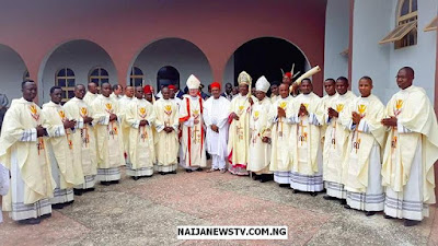 Governor Obiano Felicitates With St. Patrick's Cathedral Newly Ordained Priests