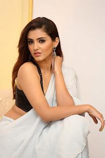 actress malvika sharma images q9 fashion studio launch 7ee2d8c.jpg