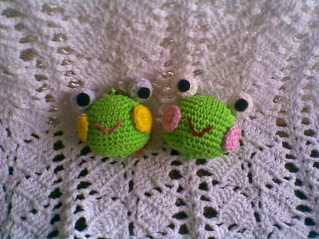 Free Super Mario Amigurumi Patterns : Keroppi s Head Keychain ~ Zan Crochet