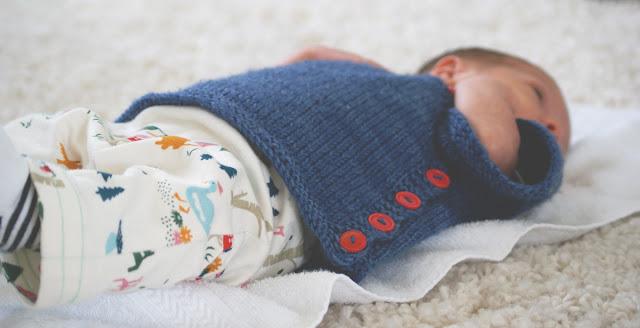 Chandail pour bébé tricoté Puerperium