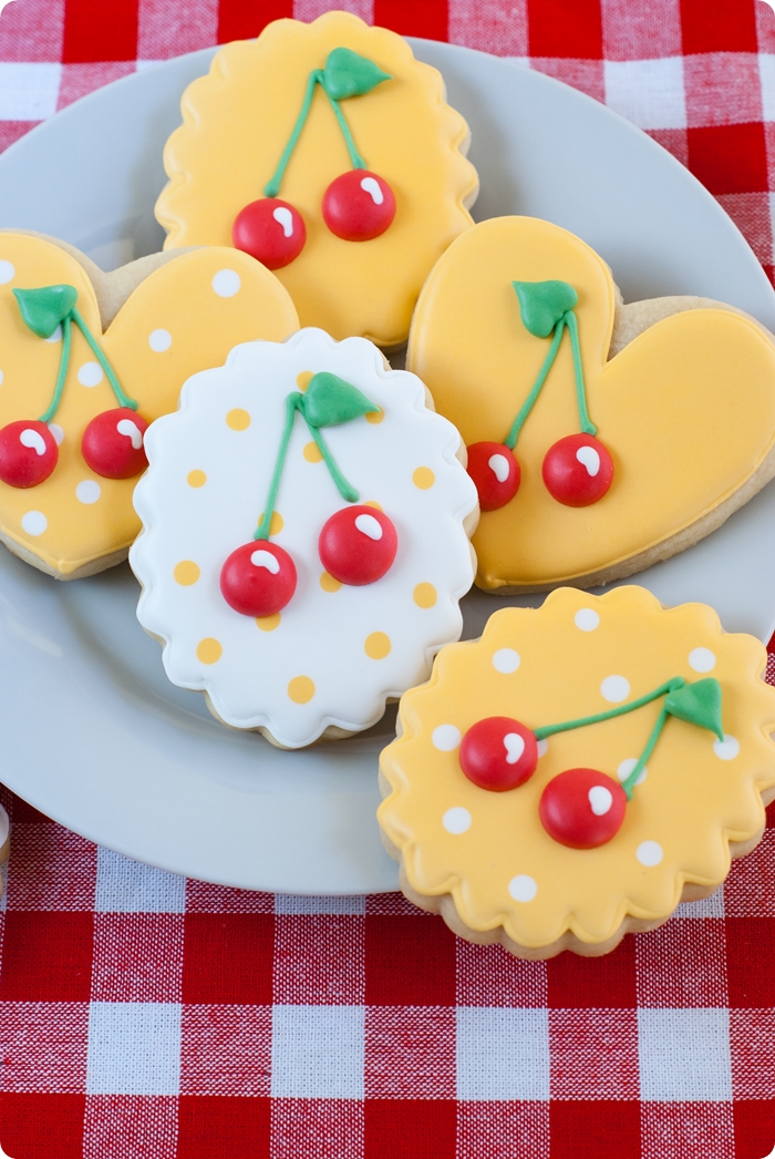cherries decorated cookies ♥ bakeat350.net
