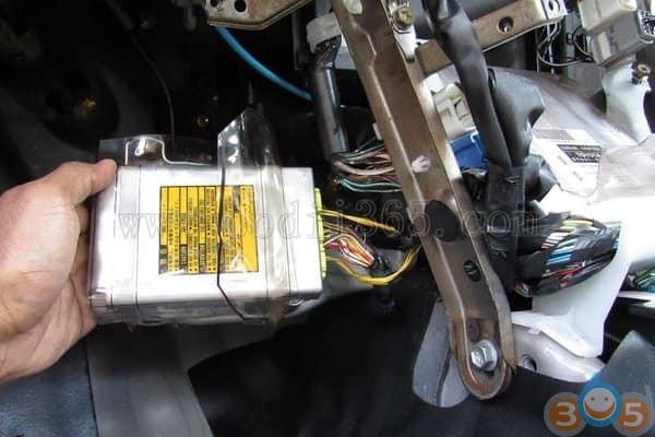 reset-toyota-airbag-crash-data-9