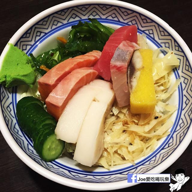 IMG 6252 - 【台中美食】 鱻屋 位於台中精誠路上的平價鮮魚蓋飯   絕對新鮮   海鮮丼飯  平價丼飯   精明商圈  