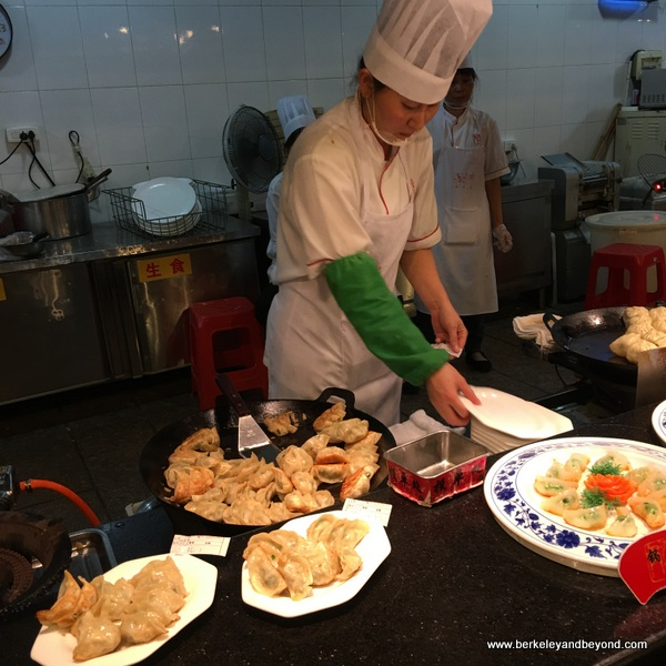 chef and dishes at Tian Yi Jiao Restaurant in Wenzhou, China