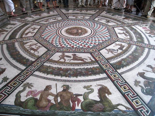 Copia de un mosaico encontrado en unas antiguas termas romanas