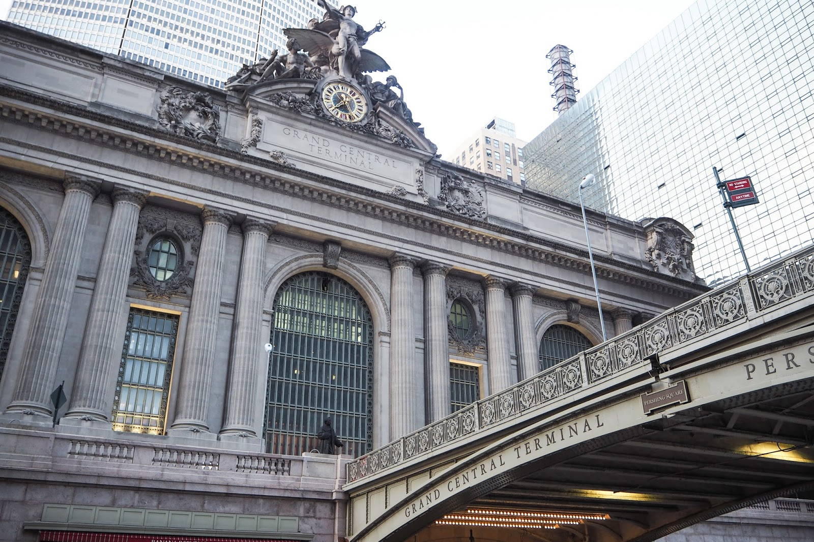 The outside of Grand Central Statio