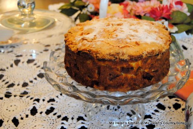 Irish Apple Cake at Miz Helen's Country Cottage