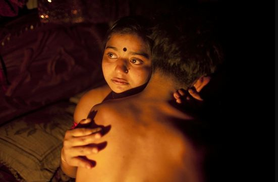 Shocking Photos Reveal What Life Is Like for Women in a Brothel In Bangladesh! This Is Horrible!