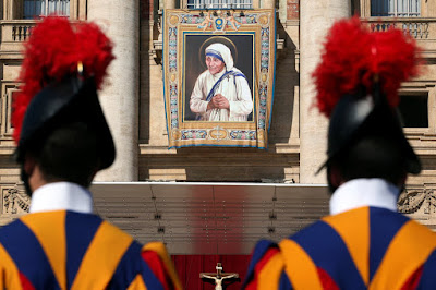 Mother Teresa Declares As Saint By Pope Francis In Vatican