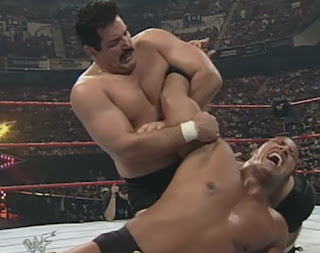 WWE / WWF King of the Ring 1998: Dan Severn puts The Rock in an arm bar