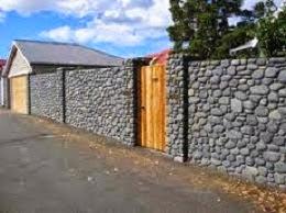 Batu koral sikat Untuk memperindah tampilan dinding