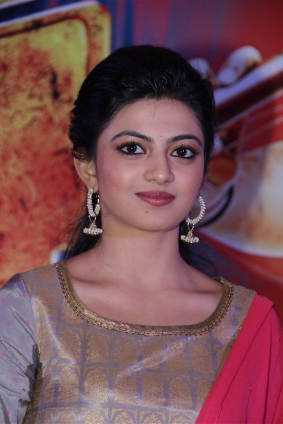 Glamorous Actress Anandhi Photoshoot Stills In Yellow Dress