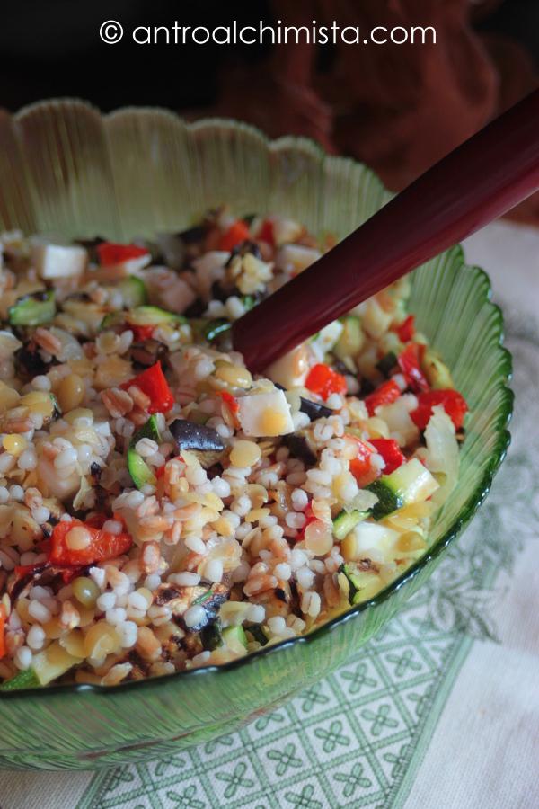 Insalata Fredda di Cereali e Legumi con Verdure Grigliate
