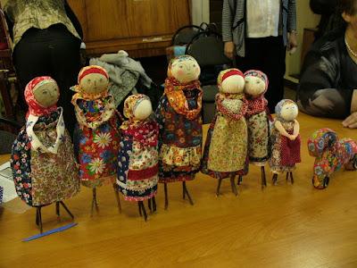 кукла на веточках