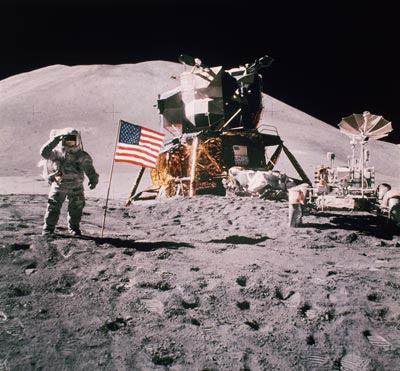 http://4.bp.blogspot.com/-5LketZT2E90/TckTvZXyJiI/AAAAAAAADws/RjoPCiY0y3s/s1600/APOLLO+Project+the+NASA%25E2%2580%2599s+great+scam.jpg