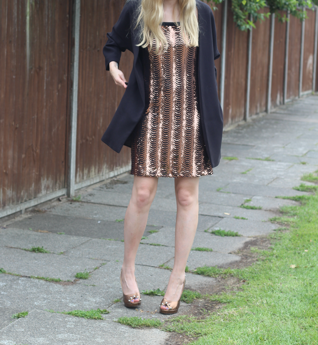 how to wear sequin dress