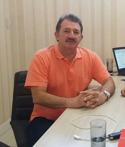Tá em dia, tá na conta, prefeito Magno Bacelar informa pagamento de servidores