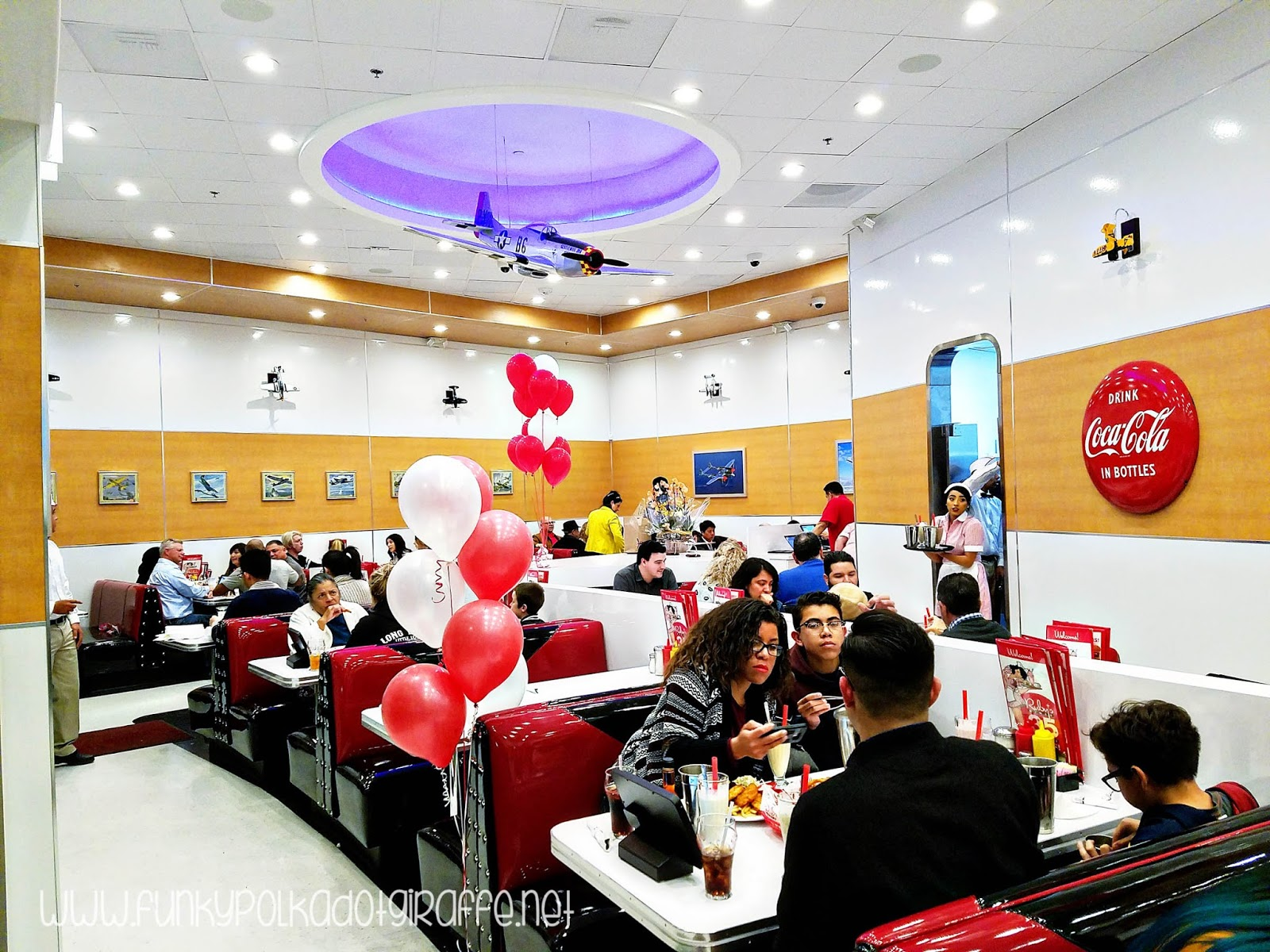 New Ruby S Diner At Promenade Downey Debuts Table Top Ordering Technology