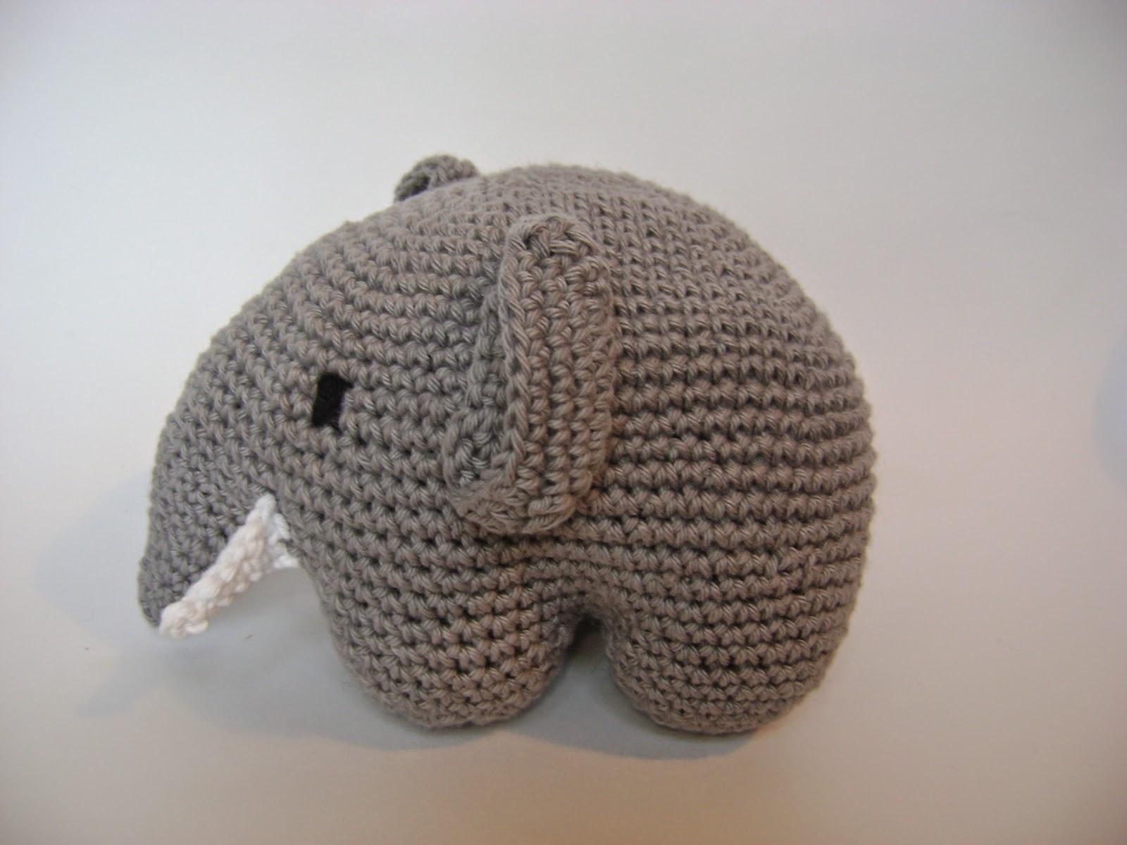 Elefante bebé – Amigurumi Duende de los Hilos   1200x1600
