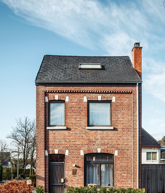 Old brick house renovation in Belgium ©Tim Van de Velde via Dwell