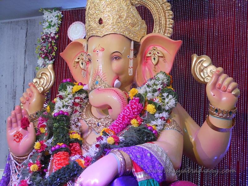 Close up Andhericha Raja Ganesha pandal, Mumbai