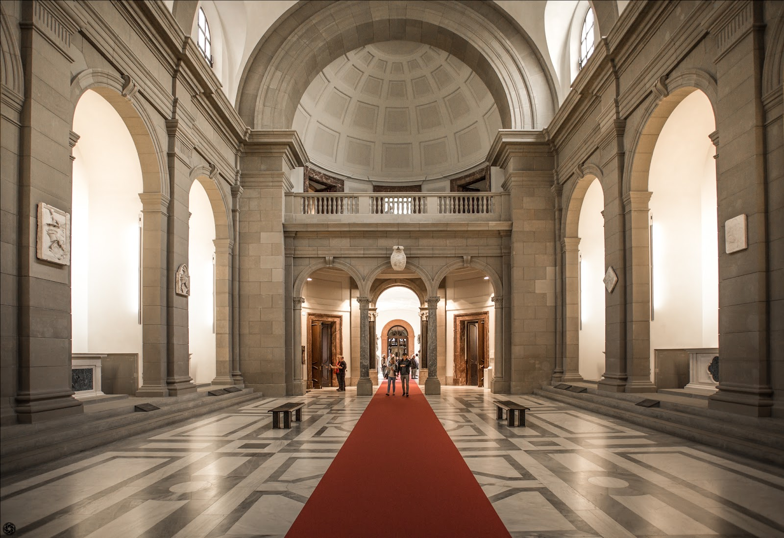 Bode Museum :: Canon EOS5D MkIII | ISO400 | Canon17-40 @17mm | f/4.0 | 1/40s