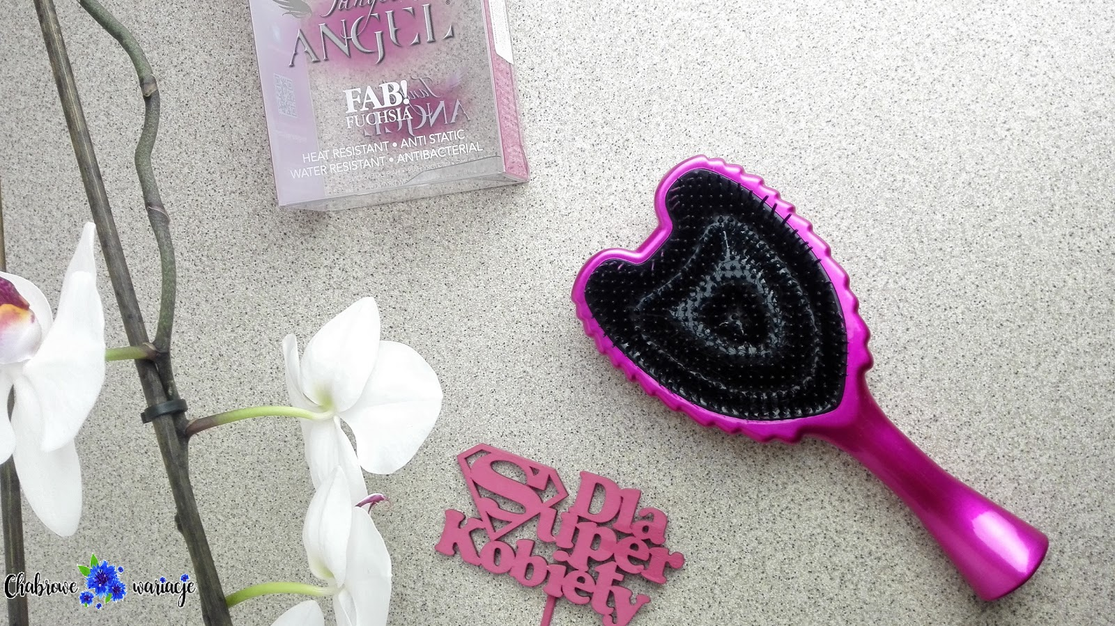 Tangle Angel- szczotka, którą uwielbiają moje włosy.