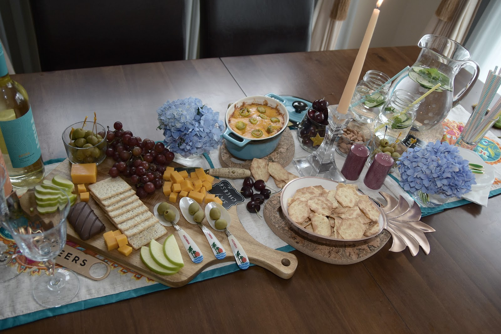 heluva cheese, how to host a wine and cheese party, black bean baked cheese dip, snack time, influence central, blogger, food blogger, saumya shiohare, myriad musings, how to be the perfect host