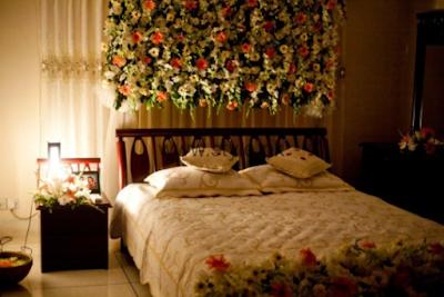 Kamar Dengan Konsep Kembang,warna yang simple dan elgan