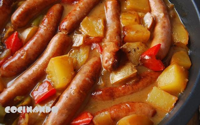 Guiso De Salchichas De Pollo Con Patatas
