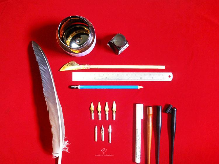 Materiales para caligrafía artística