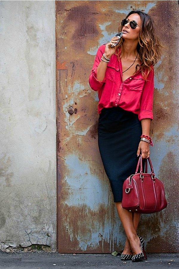 Saia lápis preta com camisa hot pink