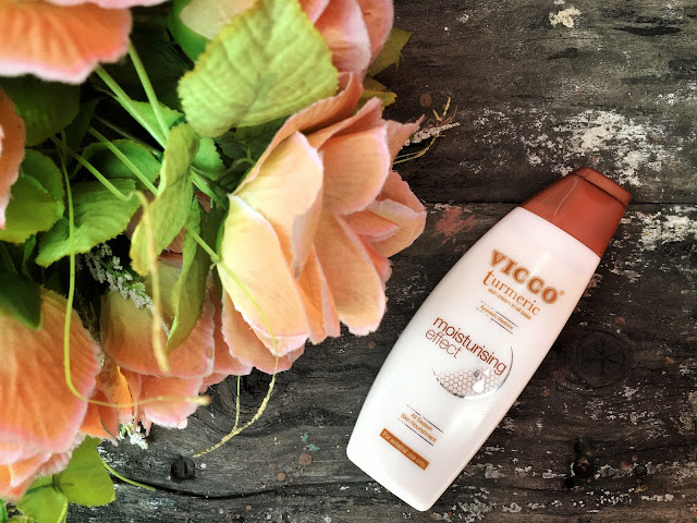VICCO Turmeric Skin Cream in Oil Base Review