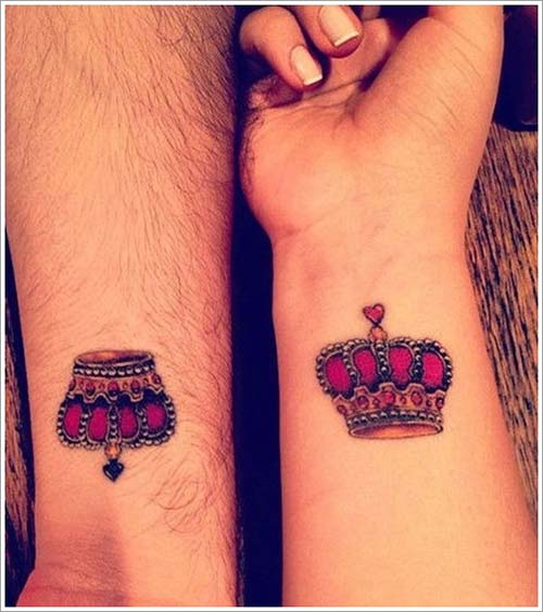 couple crown tattoo color renkli taç dövmesi sevgili