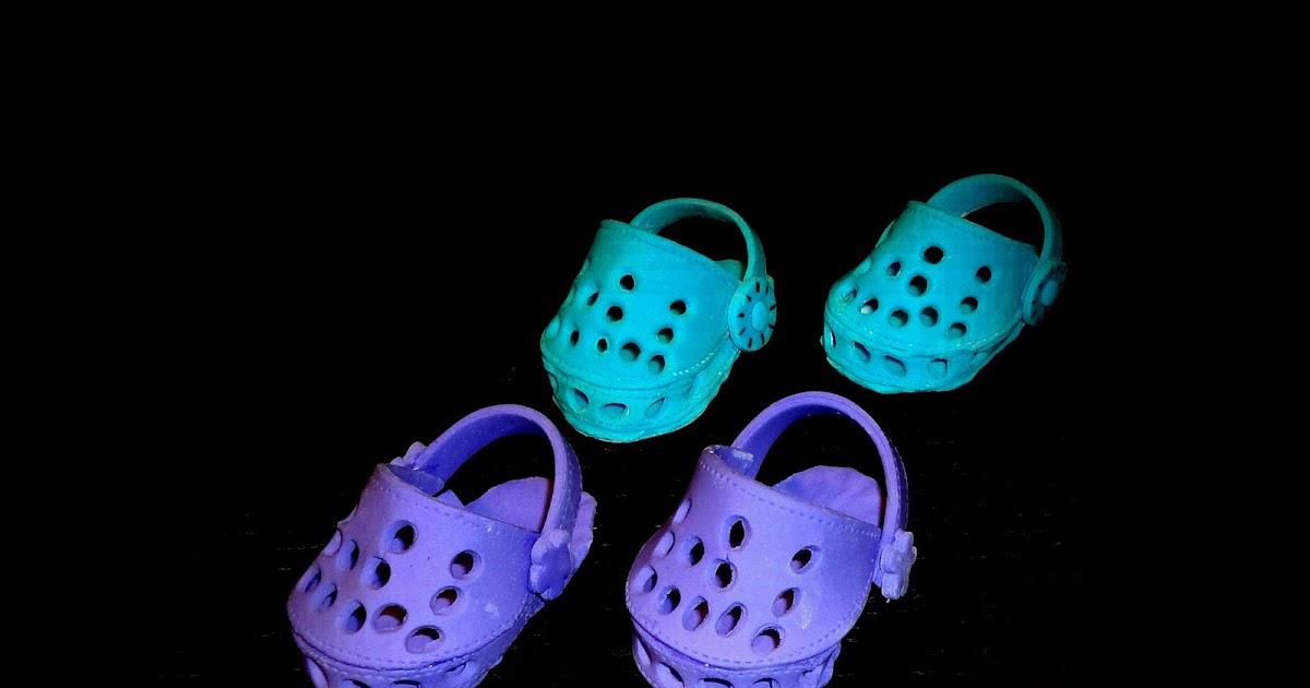 Crocs Shoe Cake Topper