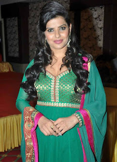bhojpuri actress madhu sharma  Picture 7.jpg