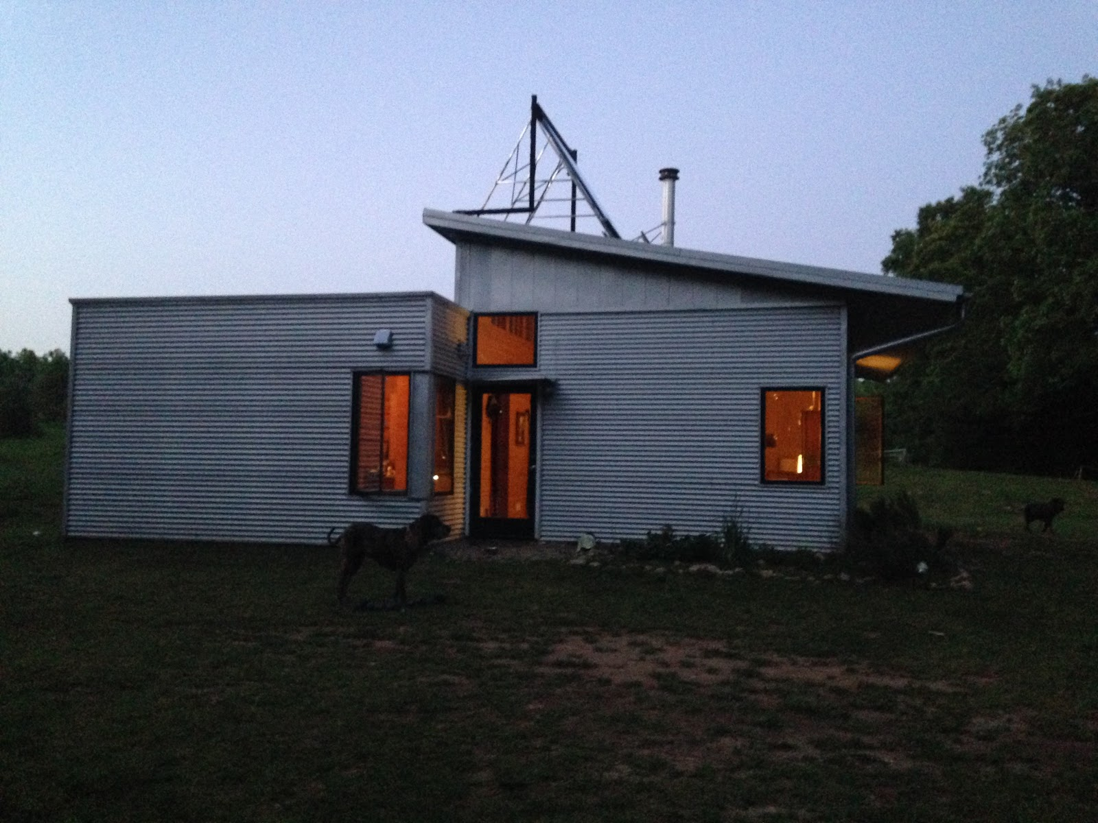 Passive Solar Design Of Off Grid Prefab House Keeps Us
