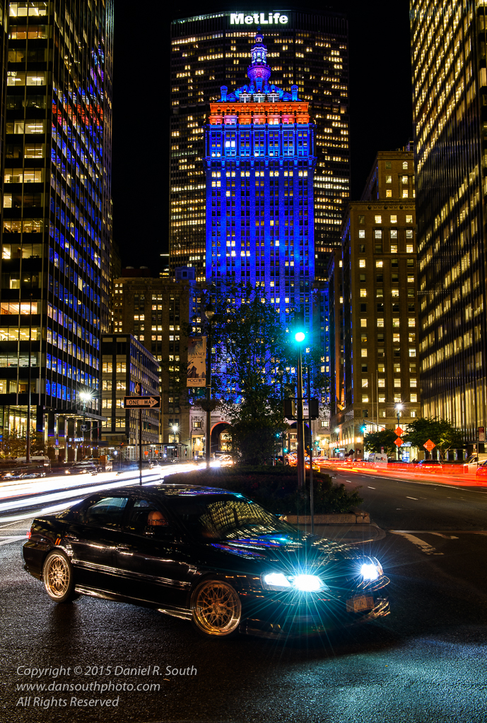 a photo of park avenue in new york decorated in mets blue for the world series