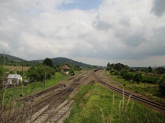 """Stacja kolejowa """"Ścinawka Średnia""""."""