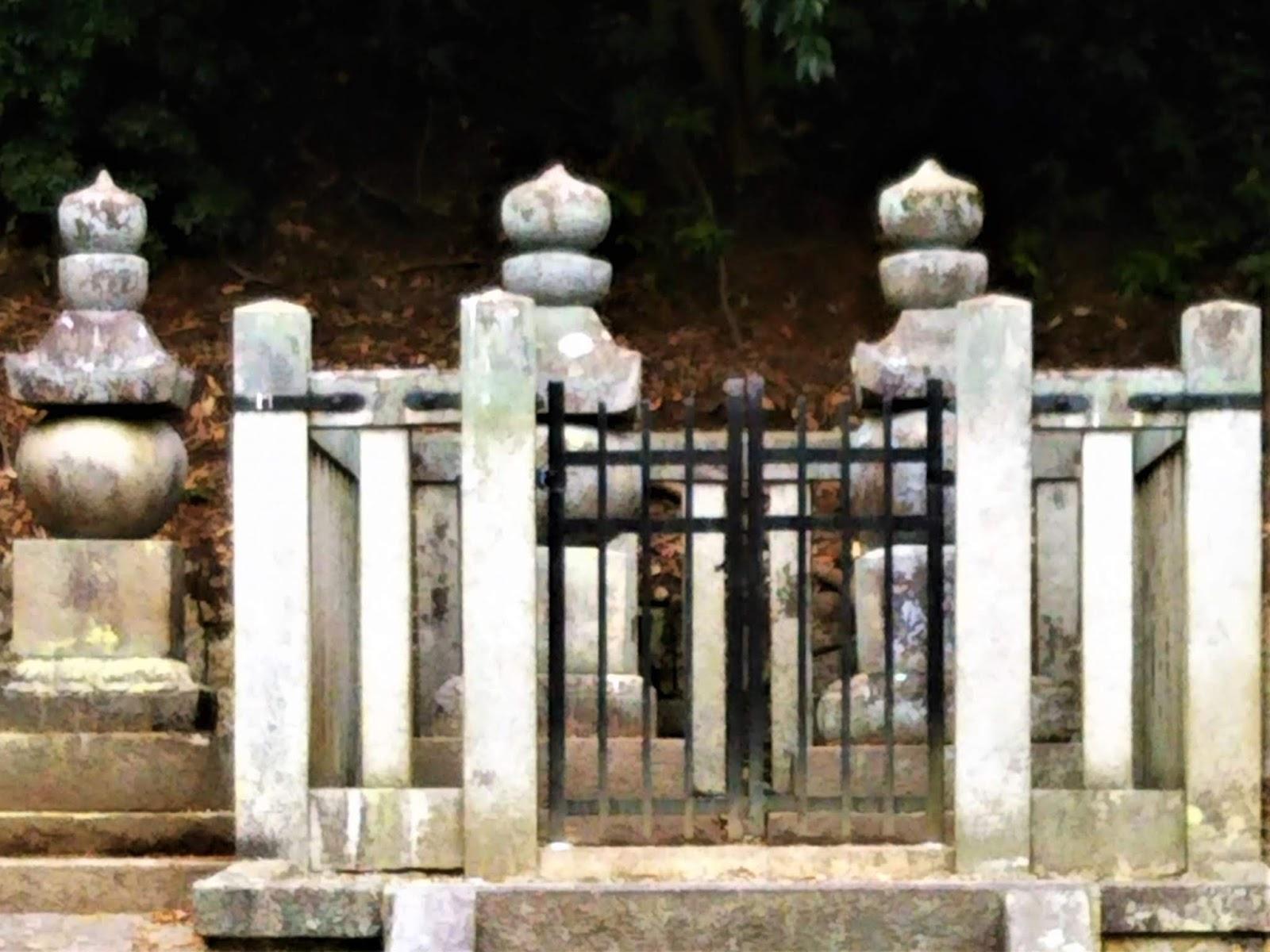 yamashirodayori: 天皇家は仏教...