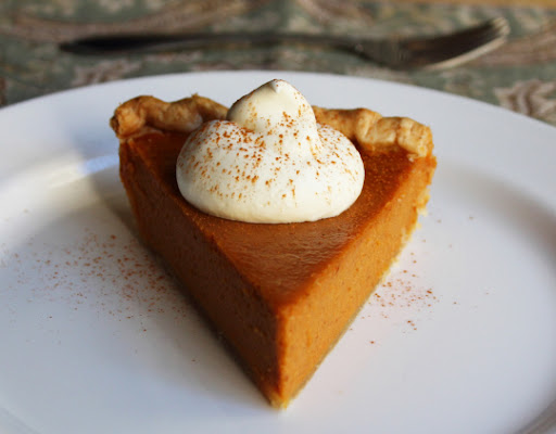 Best Pumpkin Pie Ever – Come for the Pie, Stay for the Dollop