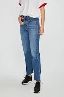 jeansi-de-firma-pentru-femei-7