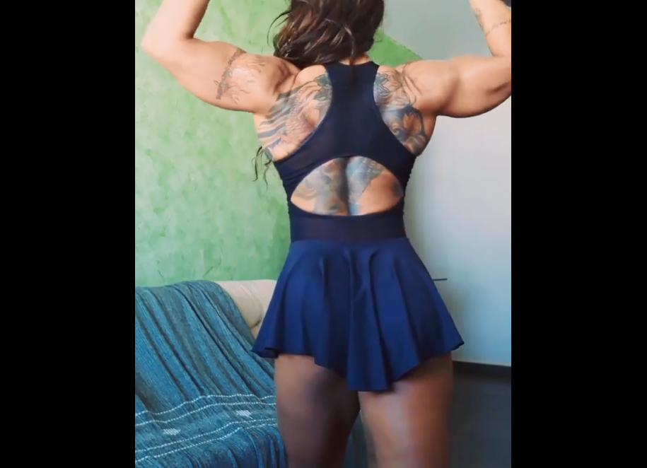 Clip Strong women Bodybuilding, Two types of abdominal training