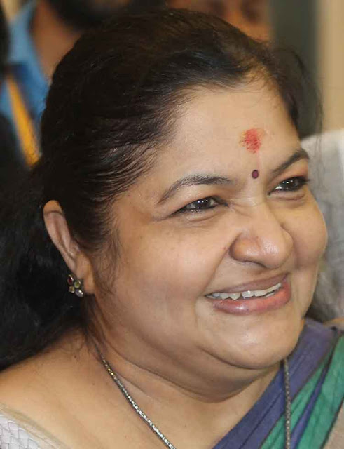 Singer K.S.Chithra Profile Biography and Wiki and Biodata, Body Measurements, Age, Husband, Affairs and Family Photos