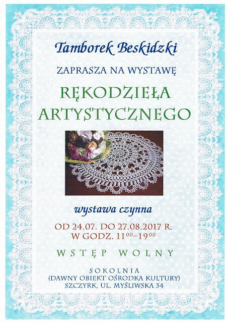 Zaproszenie na wystawę, misie, żółw i portret ze zdjęcia.